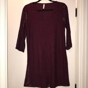 3/4 sleeve maroon dress